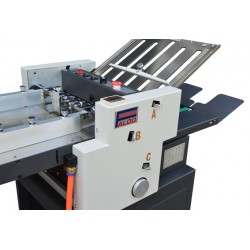 Paper folding machine suction feeded
